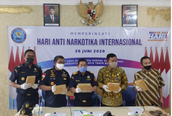 Press Conference Ungkap Kasus Jaringan Sindikat Bandar Narkoba Lintas Provinsi BNN Provinsi Lampung Pasca Hani 2020